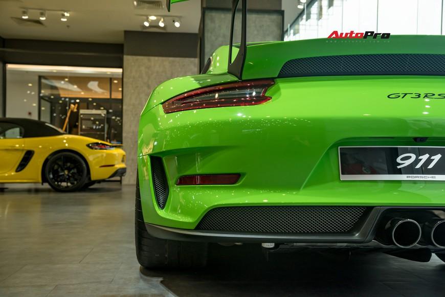 Bóc tách gói trang bị 1,7 tỷ đồng trên Porsche 911 GT3 RS Lizard Green độc nhất Việt Nam - Ảnh 11.