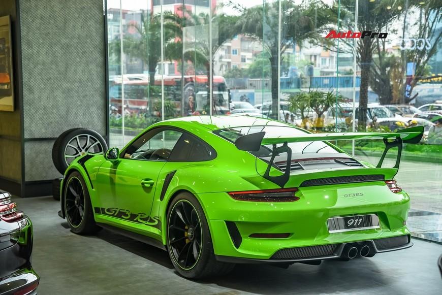 Bóc tách gói trang bị 1,7 tỷ đồng trên Porsche 911 GT3 RS Lizard Green độc nhất Việt Nam - Ảnh 12.