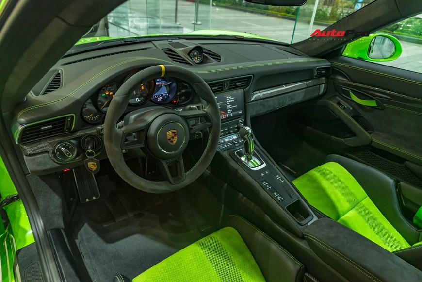 Bóc tách gói trang bị 1,7 tỷ đồng trên Porsche 911 GT3 RS Lizard Green độc nhất Việt Nam - Ảnh 7.
