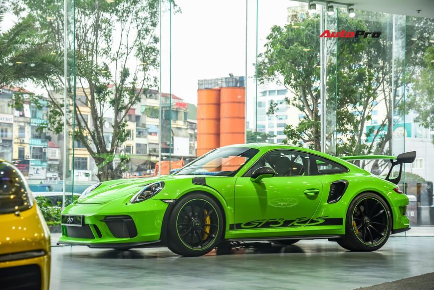 Bóc tách gói trang bị 1,7 tỷ đồng trên Porsche 911 GT3 RS Lizard Green độc nhất Việt Nam - Ảnh 3.