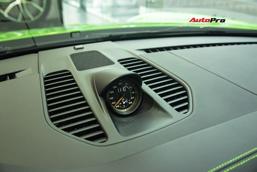 Bóc tách gói trang bị 1,7 tỷ đồng trên Porsche 911 GT3 RS Lizard Green độc nhất Việt Nam - Ảnh 10.