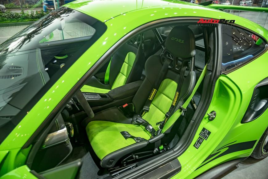 Bóc tách gói trang bị 1,7 tỷ đồng trên Porsche 911 GT3 RS Lizard Green độc nhất Việt Nam - Ảnh 6.