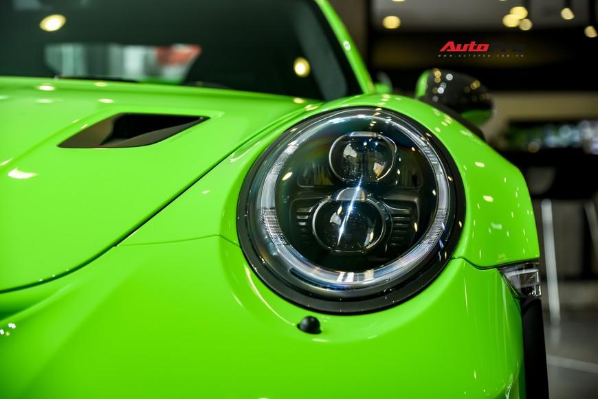 Bóc tách gói trang bị 1,7 tỷ đồng trên Porsche 911 GT3 RS Lizard Green độc nhất Việt Nam - Ảnh 2.
