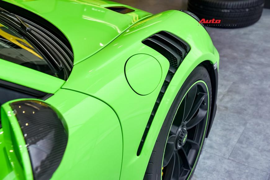 Bóc tách gói trang bị 1,7 tỷ đồng trên Porsche 911 GT3 RS Lizard Green độc nhất Việt Nam - Ảnh 8.