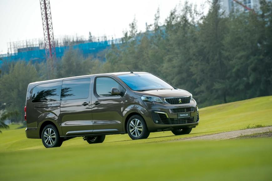 Khám phá chi tiết Peugeot Traveller Premium giá gần 2,25 tỷ đồng - MPV hạng sang cho thương gia - Ảnh 8.