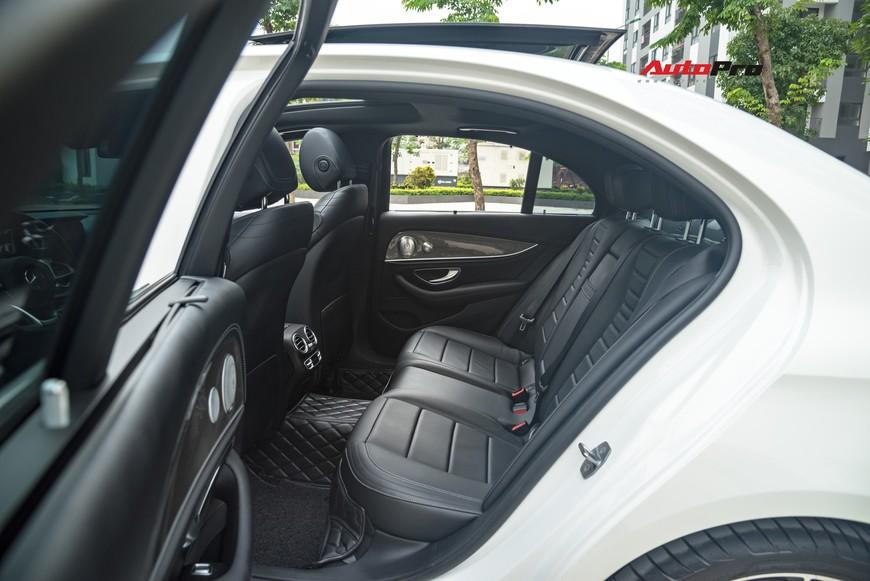 Đại gia Hà Nội bán Mercedes-Benz E300 AMG 2 năm tuổi chỉ lỗ 200 triệu là nhờ vào bí quyết này - Ảnh 11.