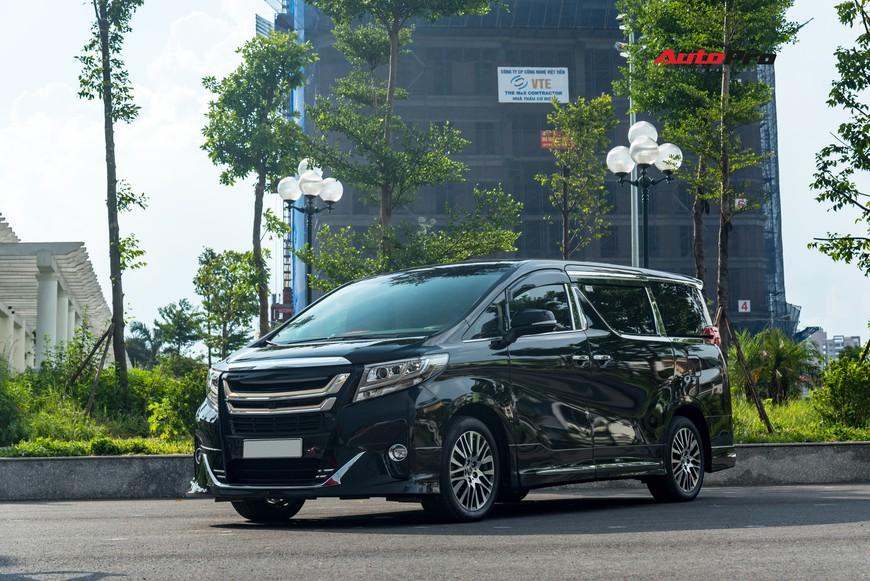 Chạy 8.000 km, Toyota Alphard độ khủng bán lại chỉ thua giá mua mới 38 triệu đồng - Ảnh 3.