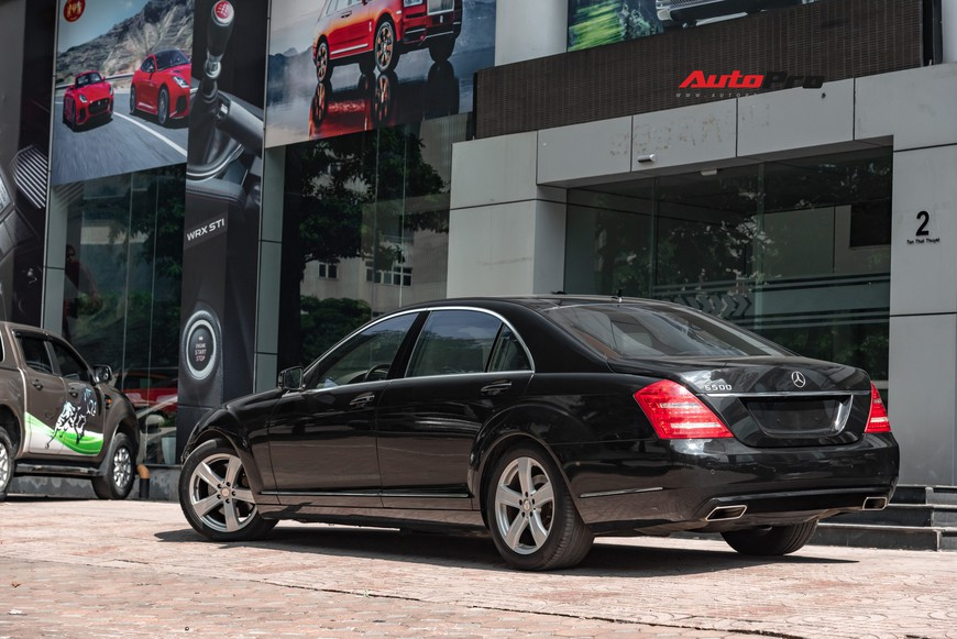 Mercedes-Benz S500 9 năm tuổi - Xe sang trong tầm giá Toyota Camry - Ảnh 4.