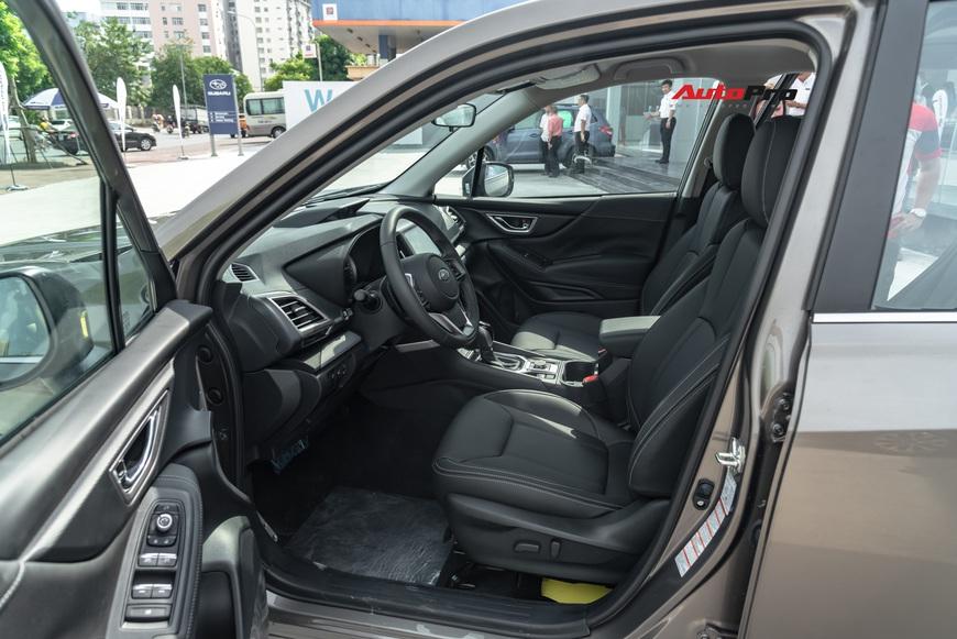 Đánh giá nhanh Subaru Forester 2019: Le lói cơ hội trước Honda CR-V và Mazda CX-5 - Ảnh 10.