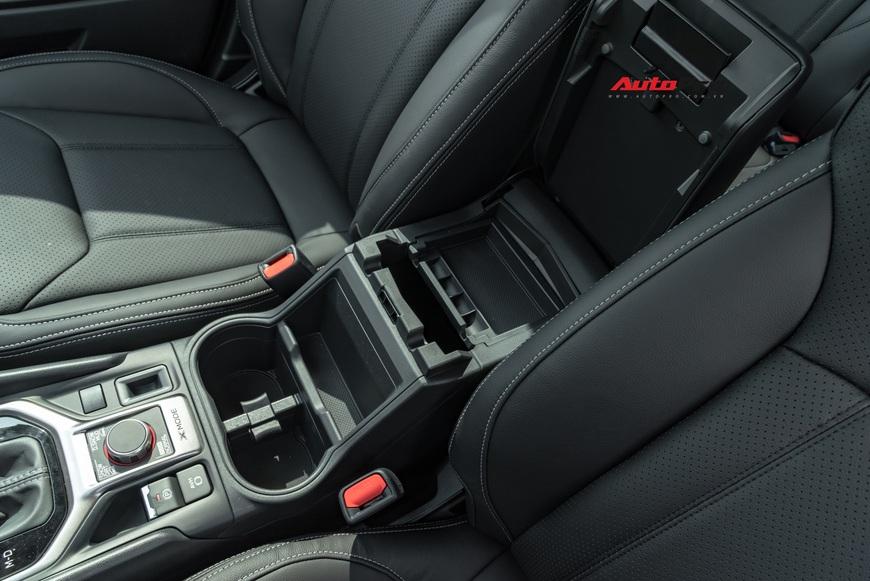 Đánh giá nhanh Subaru Forester 2019: Le lói cơ hội trước Honda CR-V và Mazda CX-5 - Ảnh 16.