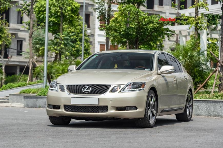Qua thời đỉnh cao, Lexus GS 350 bán lại chỉ hơn 700 triệu đồng - Ảnh 13.