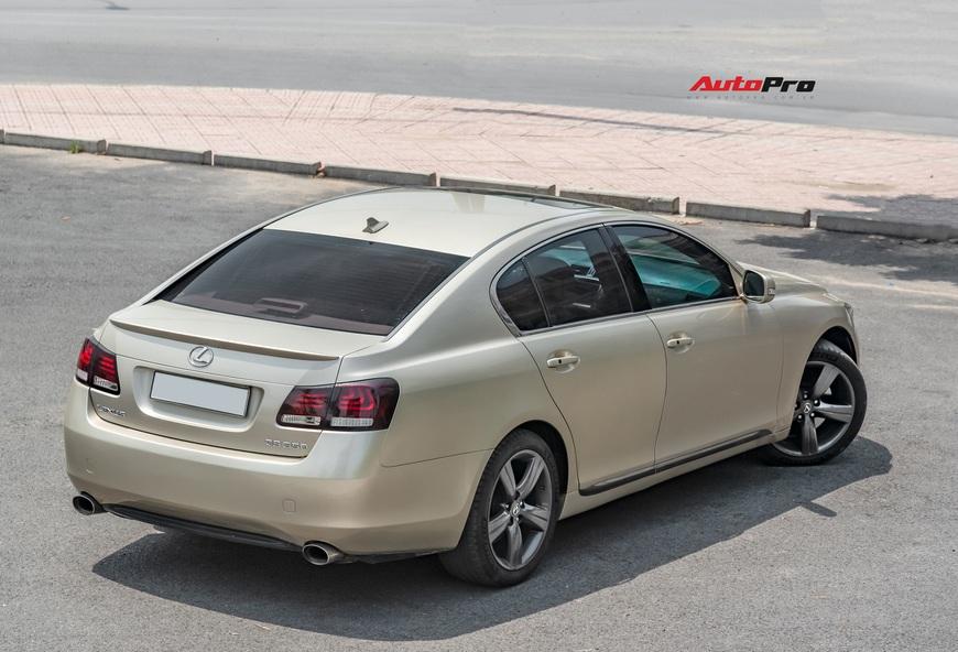 Qua thời đỉnh cao, Lexus GS 350 bán lại chỉ hơn 700 triệu đồng - Ảnh 5.