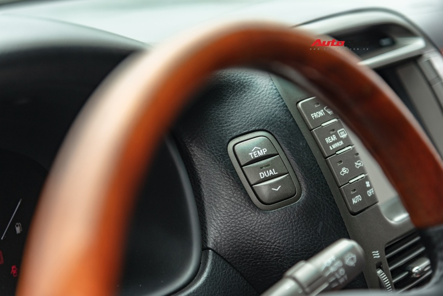 Lexus LS430 13 năm tuổi: Thừa sang trọng dù giá chỉ 650 triệu đồng - Ảnh 7.