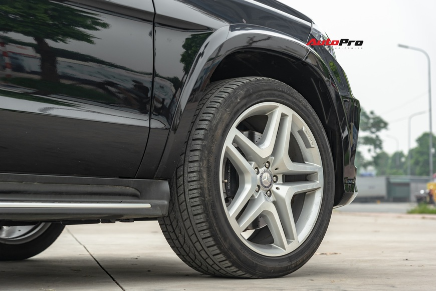 Cảm nhận nhanh Mercedes-Benz GL 500 hơn 3 tỷ đồng: Còn quá mới sau 4 năm tuổi và 40.000 km - Ảnh 4.