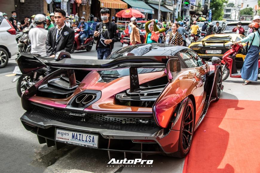Vợ chồng đại gia Hoàng Kim Khánh cầm lái McLaren Senna giá trước thuế gần 40 tỷ đồng trên phố Sài Gòn - Ảnh 7.