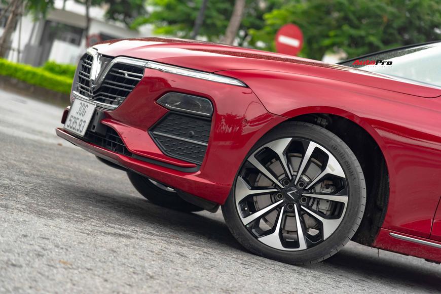 [Chém xe] VinFast Lux A2.0: Liệu đã xứng danh BMW Việt? - Ảnh 3.