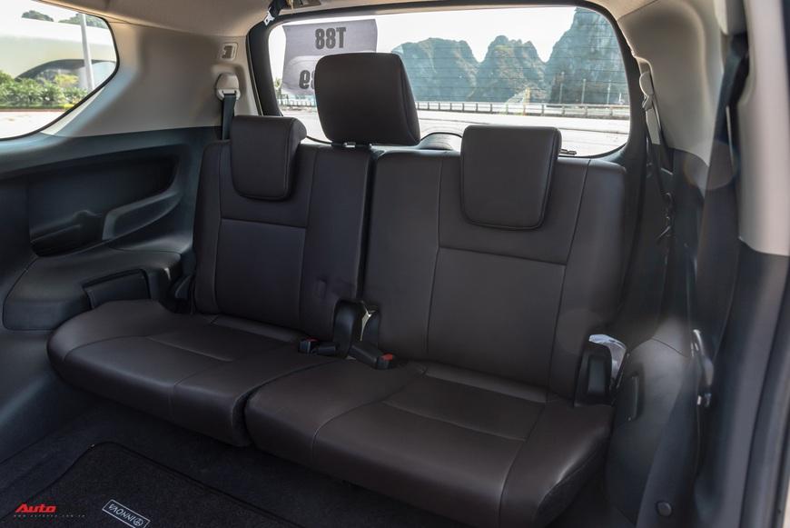 [Chém xe] Toyota Innova - MPV thực dụng quyết thoát khỏi cái bóng bình dân, tìm lại hào quang - Ảnh 8.