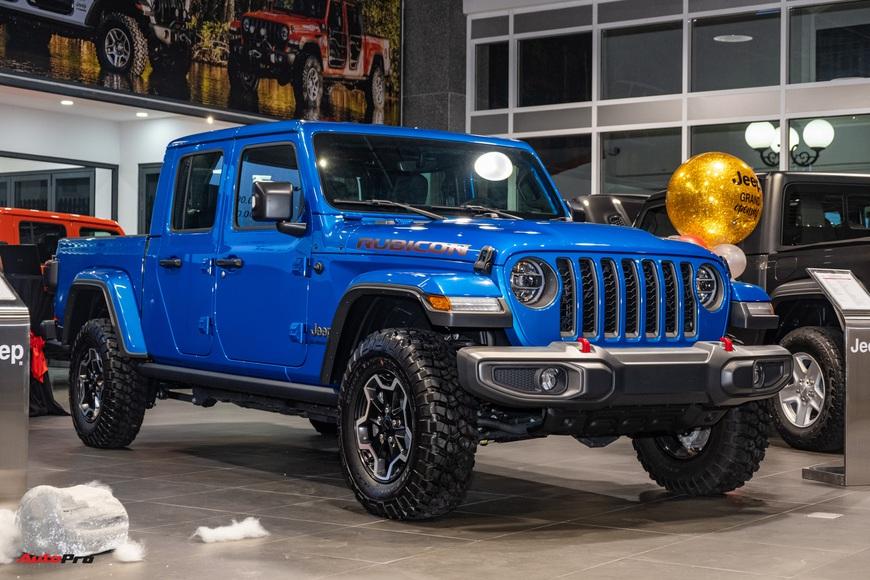 Đánh giá nhanh Jeep Gladiator Rubicon giá 3,498 tỷ đồng tại Việt Nam - Bán tải chất chơi cho nhà giàu - Ảnh 2.