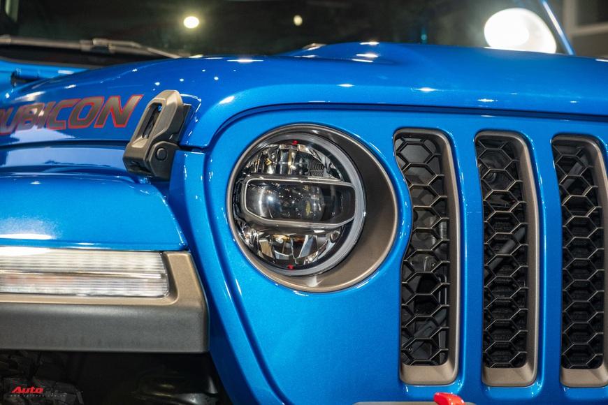 Đánh giá nhanh Jeep Gladiator Rubicon giá 3,498 tỷ đồng tại Việt Nam - Bán tải chất chơi cho nhà giàu - Ảnh 4.