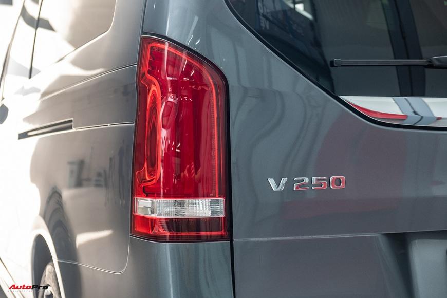 Đánh giá nhanh Mercedes-Benz V 250 AMG: Hơn 3 tỷ đổi đẳng cấp thương gia cho người Việt - Ảnh 10.