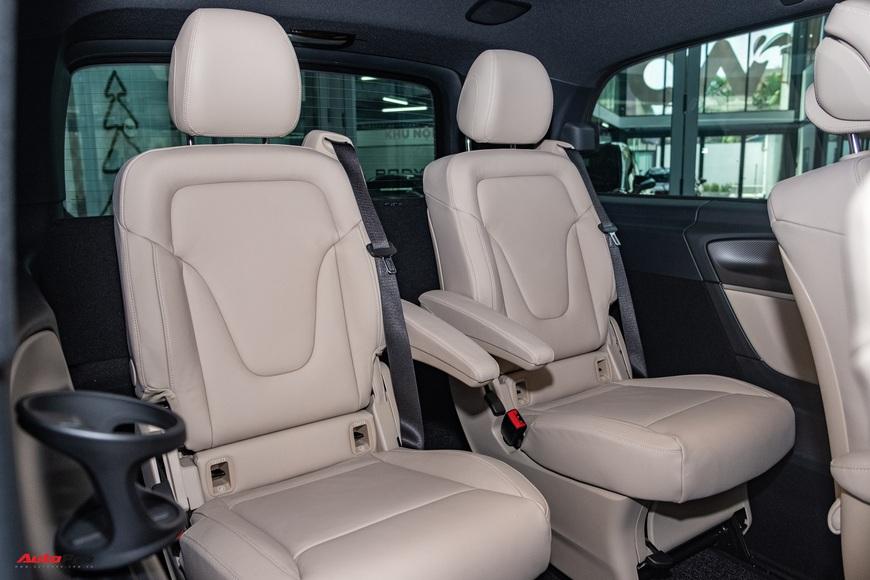 Đánh giá nhanh Mercedes-Benz V 250 AMG: Hơn 3 tỷ đổi đẳng cấp thương gia cho người Việt - Ảnh 14.
