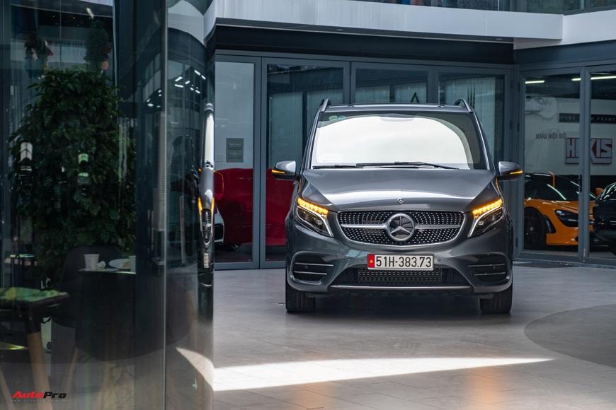 Đánh giá nhanh Mercedes-Benz V 250 AMG: Hơn 3 tỷ đổi đẳng cấp thương gia cho người Việt - Ảnh 11.