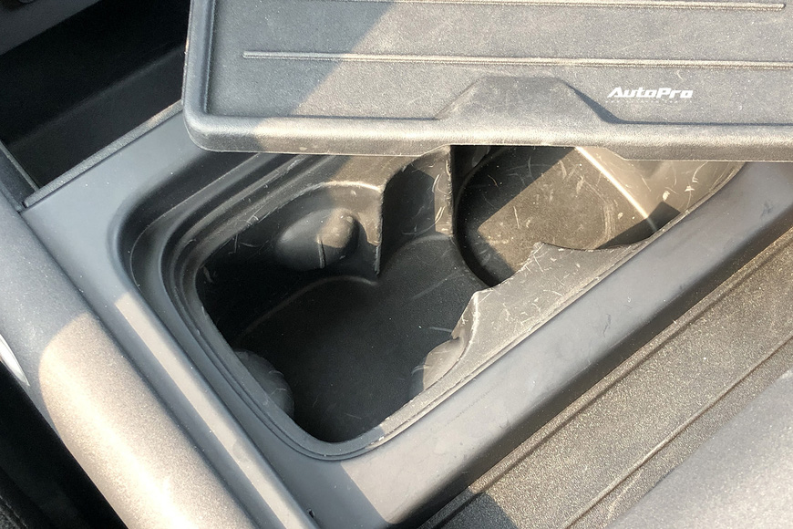 [Chém xe] Land Rover Defender - Ty tỷ thứ hay ho dùng hàng ngày nếu không quẩy địa hình theo cách nhà giàu - Ảnh 14.