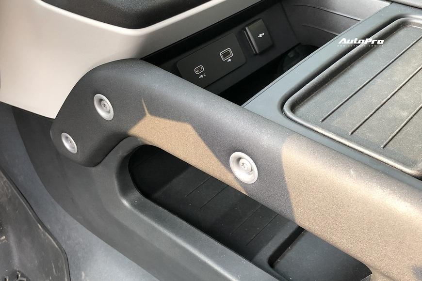 [Chém xe] Land Rover Defender - Ty tỷ thứ hay ho dùng hàng ngày nếu không quẩy địa hình theo cách nhà giàu - Ảnh 17.