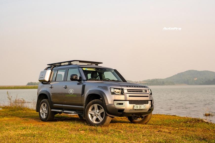 [Chém xe] Land Rover Defender - Ty tỷ thứ hay ho dùng hàng ngày nếu không quẩy địa hình theo cách nhà giàu - Ảnh 2.