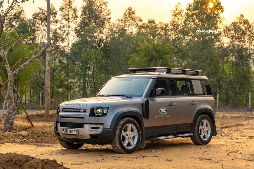 [Chém xe] Land Rover Defender - Ty tỷ thứ hay ho dùng hàng ngày nếu không quẩy địa hình theo cách nhà giàu - Ảnh 3.