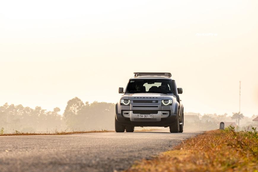 [Chém xe] Land Rover Defender - Ty tỷ thứ hay ho dùng hàng ngày nếu không quẩy địa hình theo cách nhà giàu - Ảnh 24.