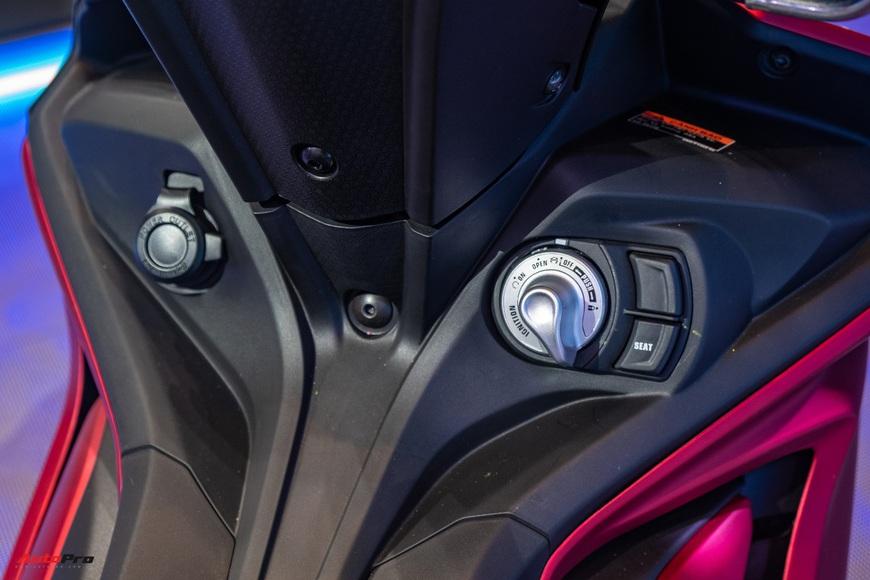 Chi tiết Yamaha Exciter 155 VVA tại Việt Nam: Ngoài động cơ mạnh còn nhiều trang bị mới, công nghệ thừa hưởng từ phân khối lớn YZF-R1 - Ảnh 11.