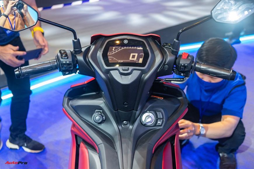Chi tiết Yamaha Exciter 155 VVA tại Việt Nam: Ngoài động cơ mạnh còn nhiều trang bị mới, công nghệ thừa hưởng từ phân khối lớn YZF-R1 - Ảnh 9.