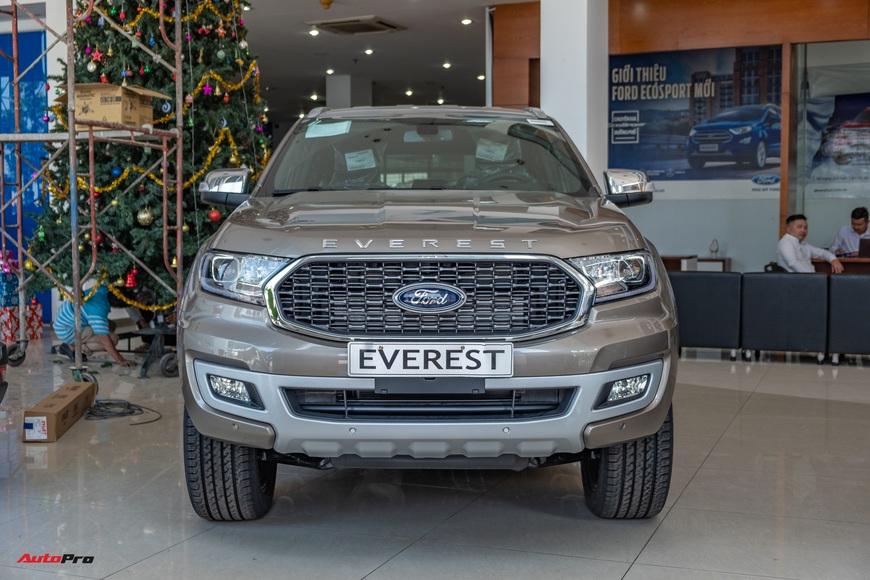 Chi tiết Ford Everest 2021 giá từ 999 triệu đồng tại đại lý: Đã fix lỗi chảy dầu, bám đuổi Toyota Fortuner và Hyundai Santa Fe - Ảnh 16.