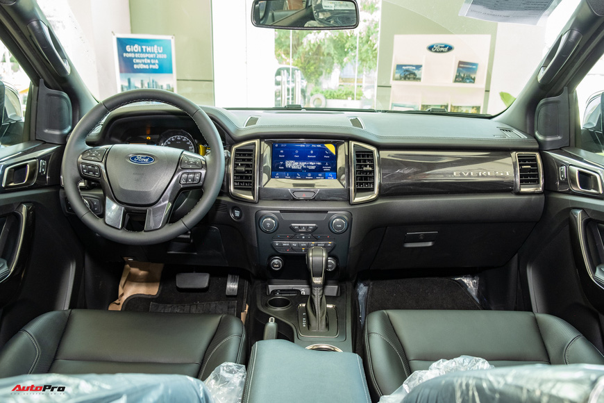 Chi tiết Ford Everest 2021 giá từ 999 triệu đồng tại đại lý: Đã fix lỗi chảy dầu, bám đuổi Toyota Fortuner và Hyundai Santa Fe - Ảnh 8.