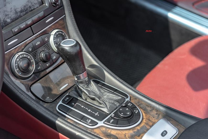 Cảm nhận nhanh xe nhà giàu Mercedes-Benz SL 550 sau 13 năm tuổi: mua gần 400 mã lực với giá Toyota Camry - Ảnh 7.