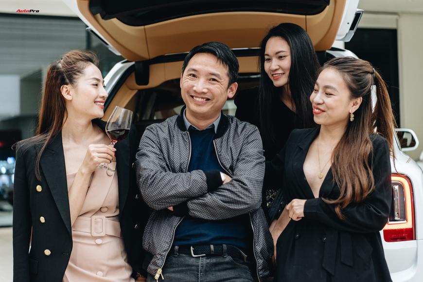 Những bóng hồng đa sắc bên Rolls-Royce Cullinan chính hãng đầu tiên Việt Nam - Ảnh 6.