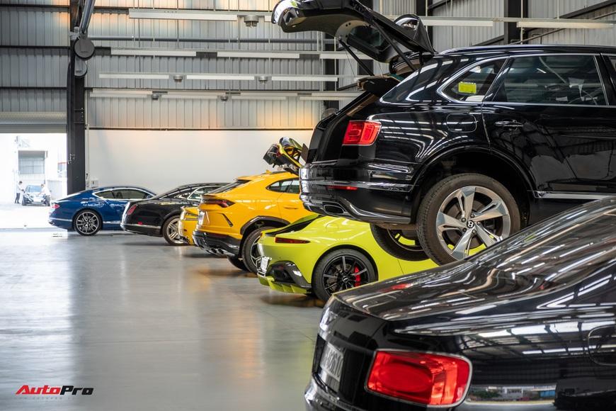 Đột nhập showroom siêu xe, siêu sang lớn nhất Việt Nam sắp khai trương: Ngoài Lamborghini, Bentley, Aston Martin còn 2 thương hiệu bí ẩn khác - Ảnh 16.