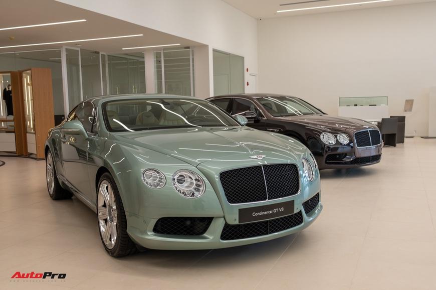 Đột nhập showroom siêu xe, siêu sang lớn nhất Việt Nam sắp khai trương: Ngoài Lamborghini, Bentley, Aston Martin còn 2 thương hiệu bí ẩn khác - Ảnh 4.