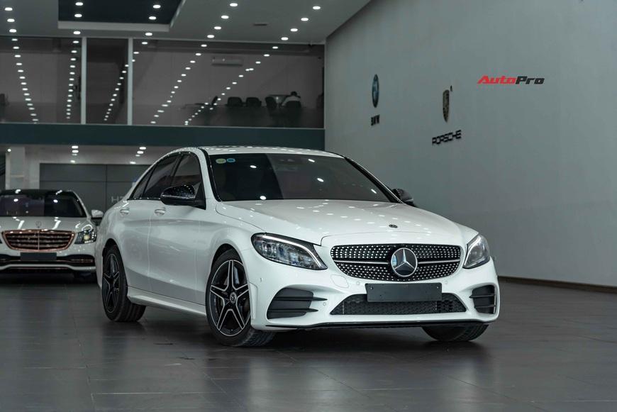 Chưa kịp thay dầu, chủ Mercedes-Benz C 300 AMG đã rao bán xe khi mới chạy 3.600 km - Ảnh 8.