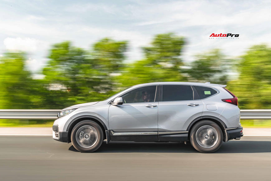 Đánh giá Honda CR-V 2020: Vẫn còn nhược điểm nhưng thêm ưu thế để giành lại ngôi vua doanh số từ Mazda CX-5 - Ảnh 8.