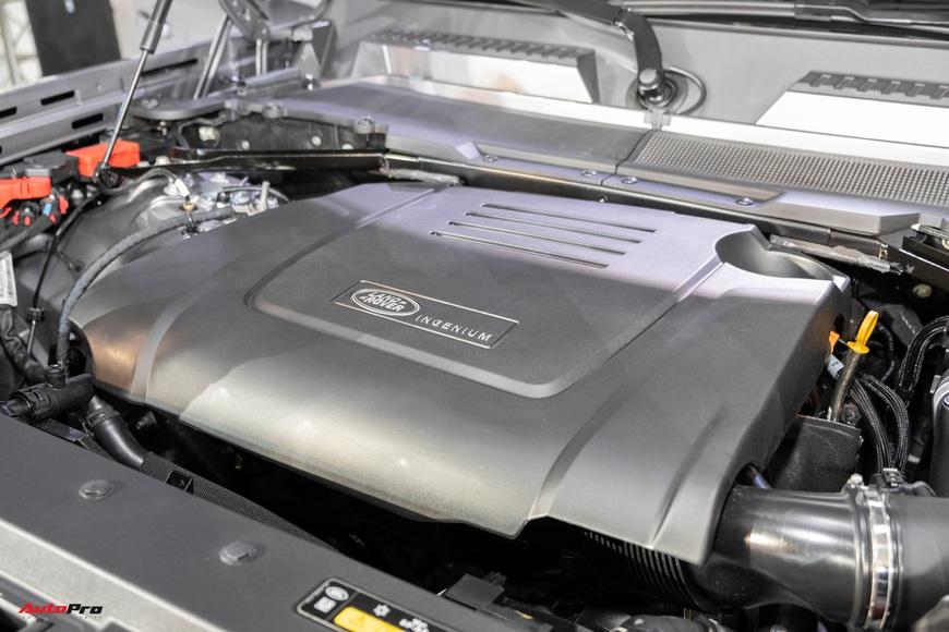 Chi tiết Land Rover Defender 2021: Xe off-road cho nhà giàu Việt, nhiều tính năng hay ho, giá cao nhất 6,31 tỷ đồng - Ảnh 9.