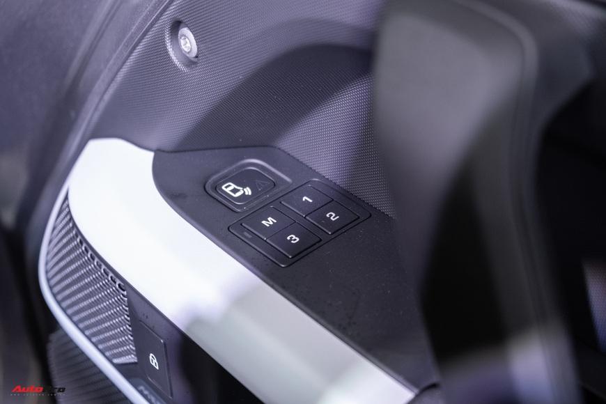Chi tiết Land Rover Defender 2021: Xe off-road cho nhà giàu Việt, nhiều tính năng hay ho, giá cao nhất 6,31 tỷ đồng - Ảnh 17.
