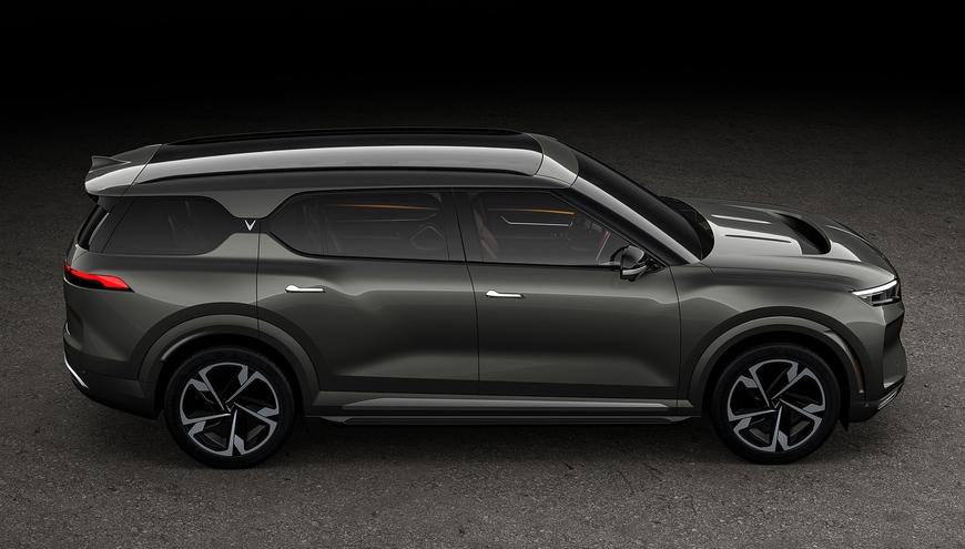 VinFast công bố 3 mẫu ô tô hoàn toàn mới: Bán từ tháng 5, có tùy chọn động cơ điện, VF33 đẹp như xe Mỹ - Ảnh 2.