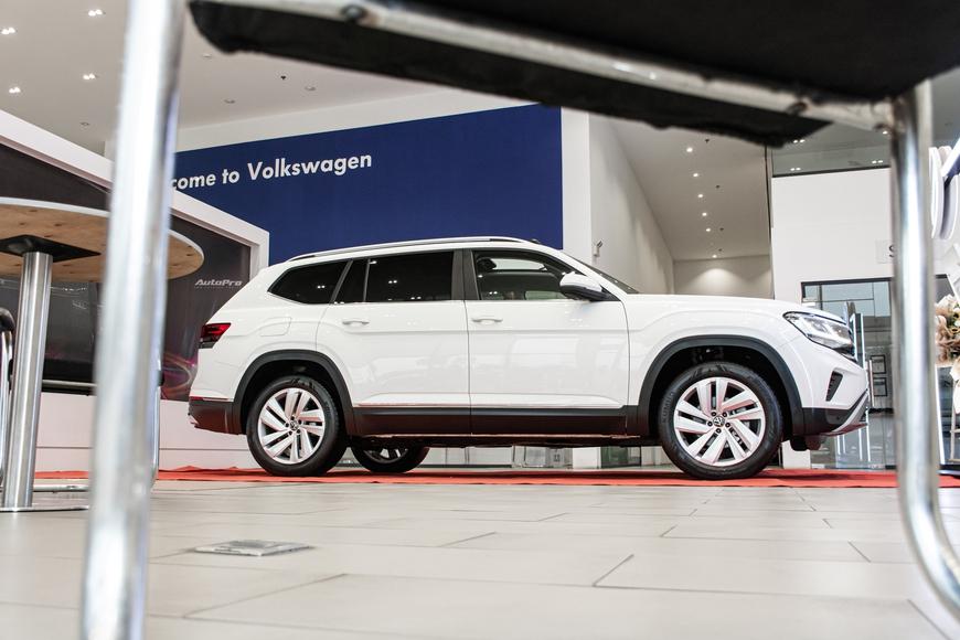 Khám phá Volkswagen Teramont vừa ra mắt Việt Nam: Có cái hay cho fan xe Đức, chống chỉ định tín đồ công nghệ - Ảnh 3.
