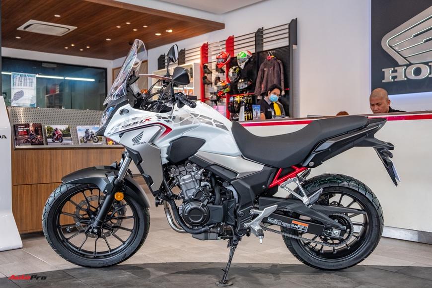 Lô Honda CB500X 2021 đầu tiên về đại lý Việt Nam - Mô tô đường dài giá 188 triệu đồng cho người mới chơi - Ảnh 4.