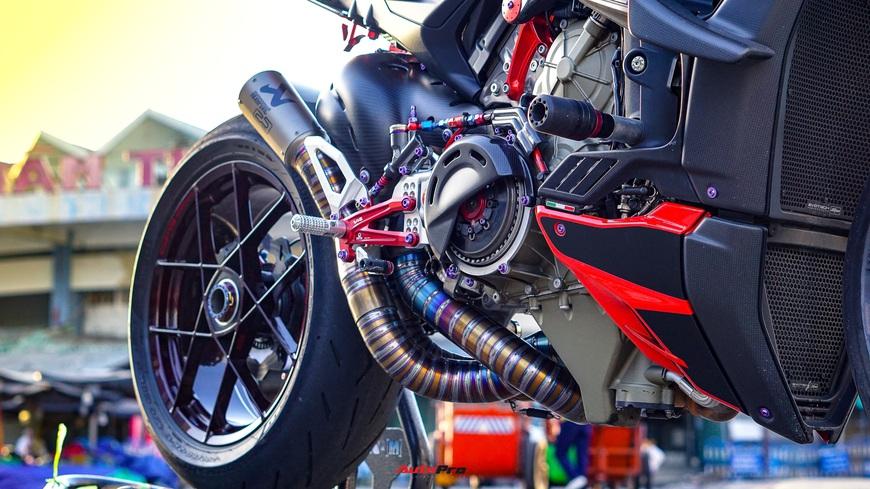 Biker Việt chi gần 1 tỷ đồng độ Ducati Streetfighter V4, riêng bộ mâm ngang ngửa chiếc Honda SH - Ảnh 9.