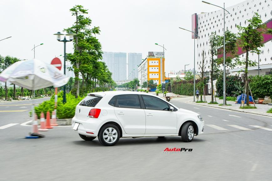 Người dùng đánh giá Volkswagen Polo: 700 triệu không có gì mấy ngoài cảm giác lái thể thao - Ảnh 18.
