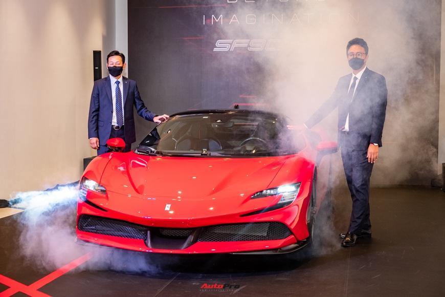 Ferrari SF90 Stradale chính hãng đầu tiên về Việt Nam: Giá trên 30 tỷ đồng, không phải xe của Cường Đô La - Ảnh 2.