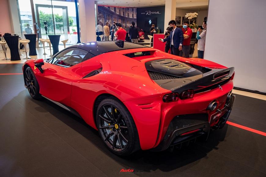 Ferrari SF90 Stradale chính hãng đầu tiên về Việt Nam: Giá trên 30 tỷ đồng, không phải xe của Cường Đô La - Ảnh 6.